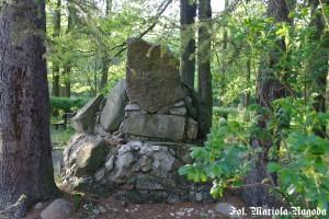 IS_Łambinowice- Kopiec upamiętniający dawny poligon 1