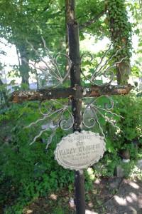 Nowa Wieś Królew.- na cmentarzu 23
