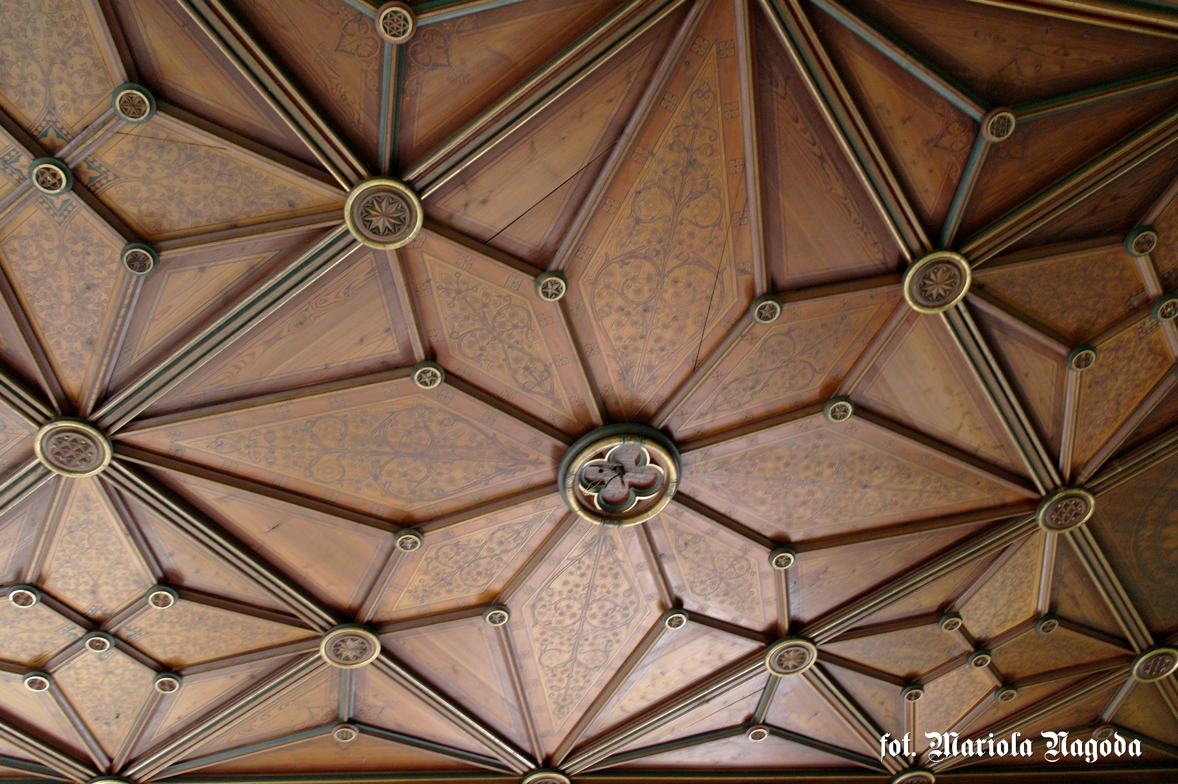 Gwiaździsty sufit w Sali Balowej