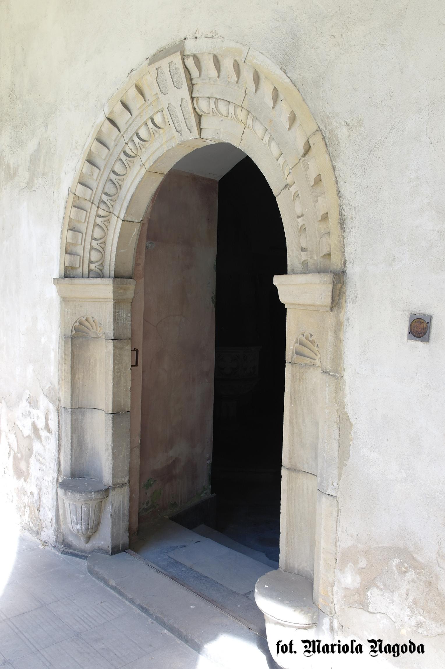 Wejście do kaplicy zamkowej