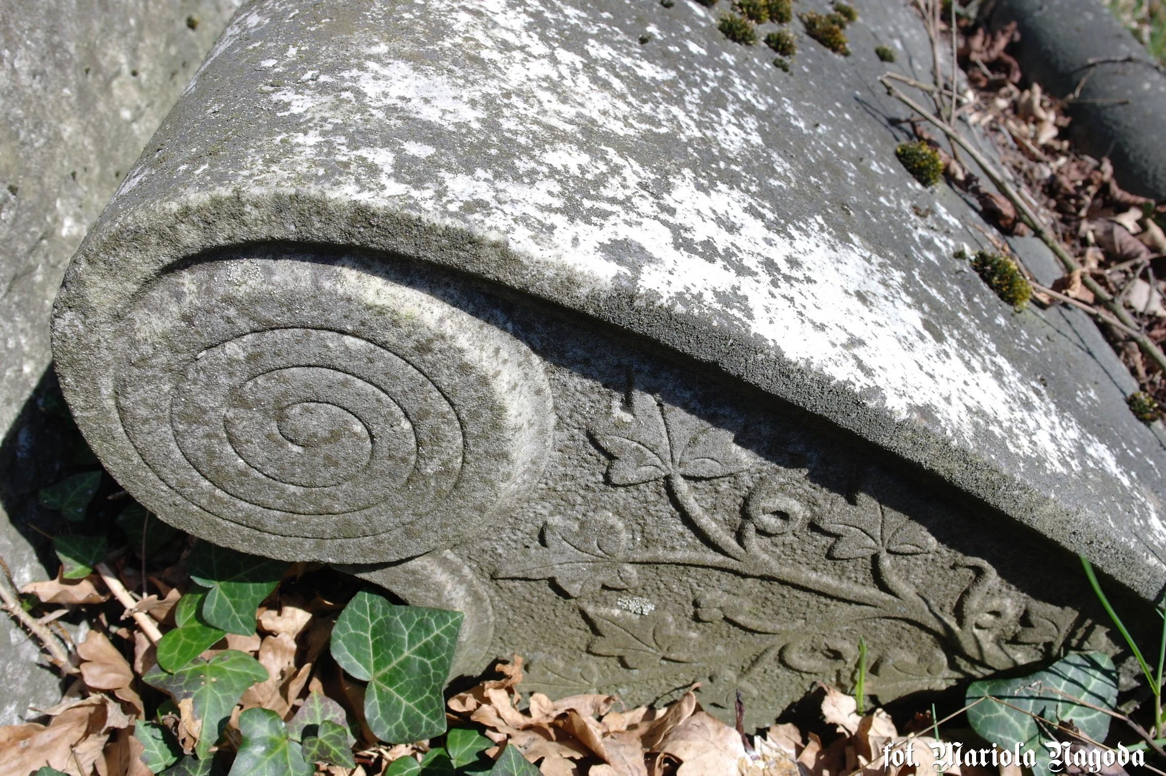 dobrodzien-cmentarz-zydowski-9